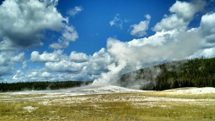 Old Faithful geyser, Yellowstone